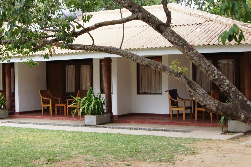 Nilaveli, Nilaveli Beach hotel | Rama Tours