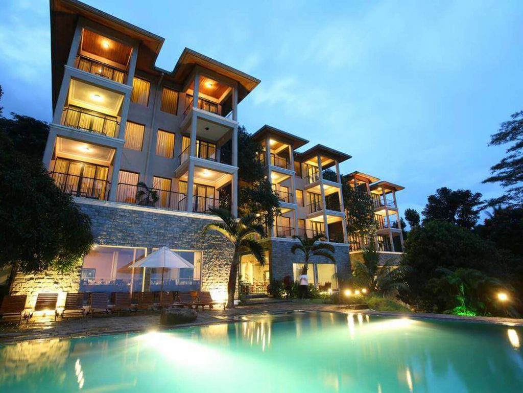 Kandy, Randholee resort | Rama Tours