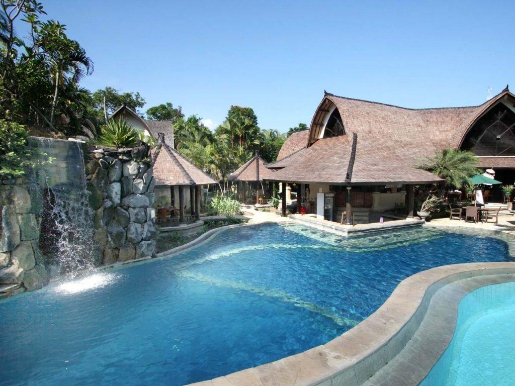 Seminyak, Villa Lumbung | Rama Tours