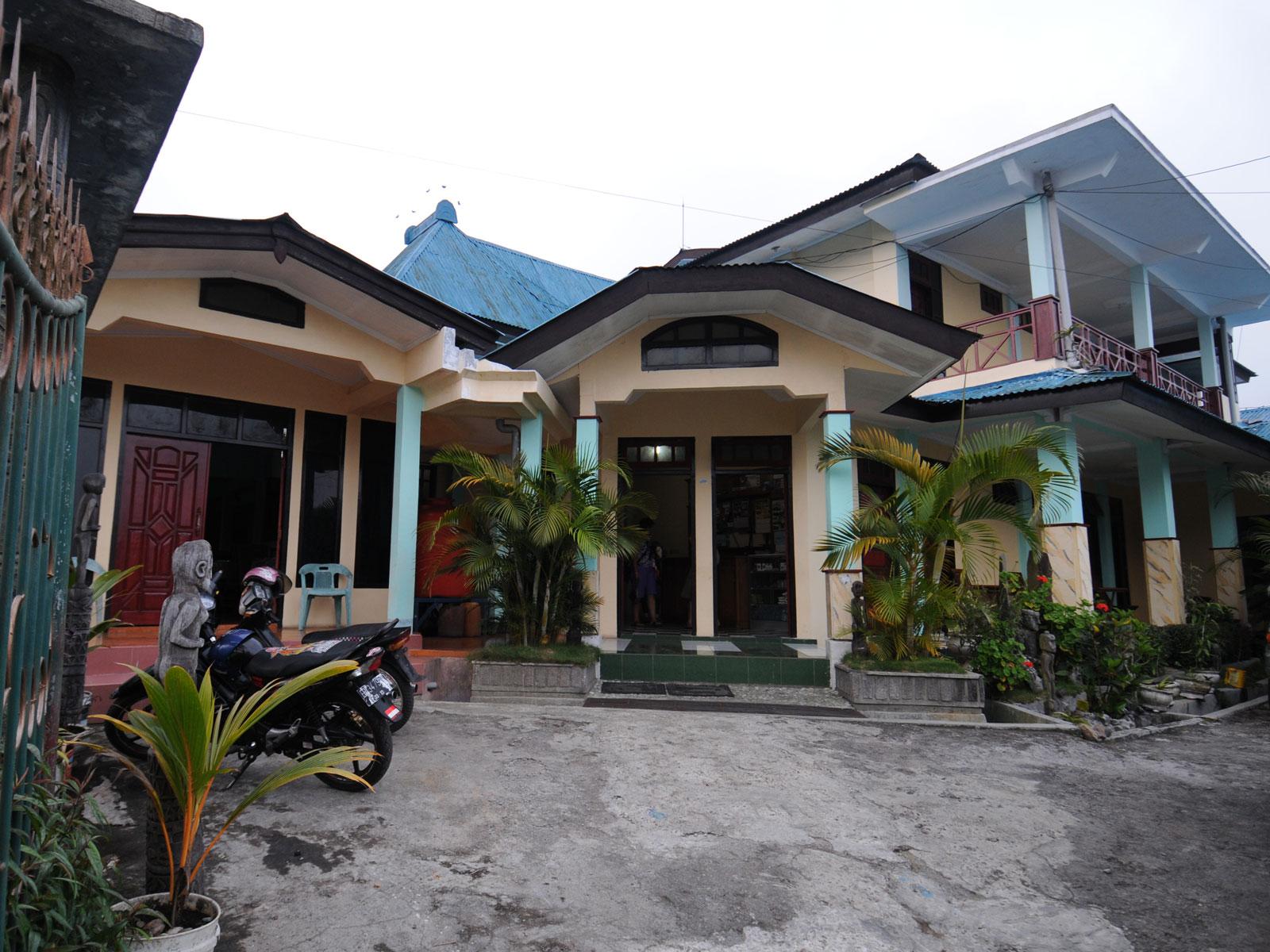 Flores, Bajawa, Bintang Wisata hotel | Rama Tours