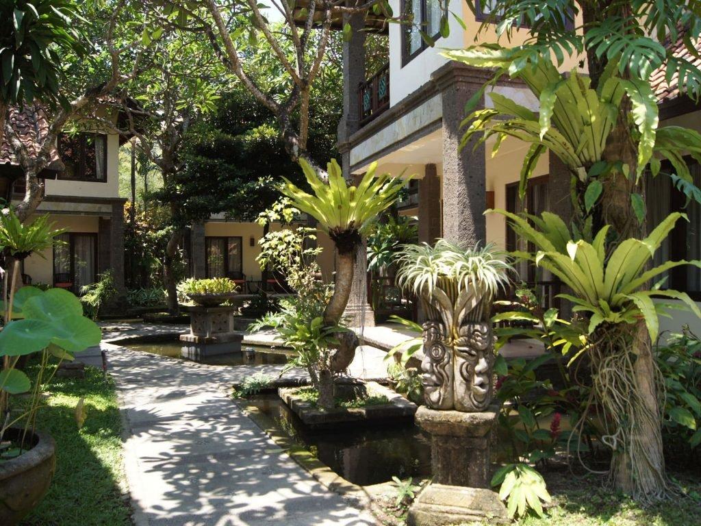 Sanur, Puri Mesari hotel | Rama Tours