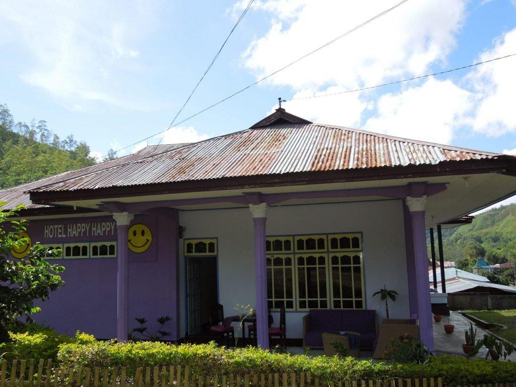 Flores, Bajawa, Happy Happy hotel | Rama Tours