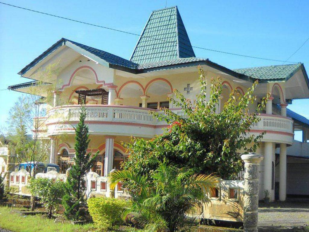 Flores, Bajawa, Silverin hotel | Rama Tours