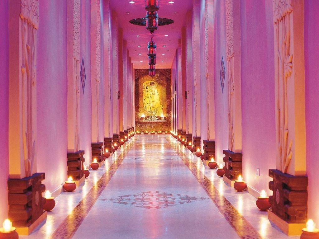 Malang, Tugu hotel | Rama Tours