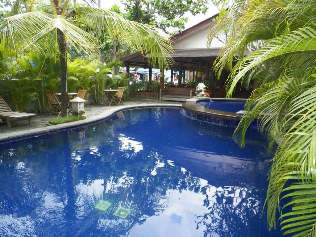 Pangandaran, Nyiur Indah beach hotel | Rama Tours