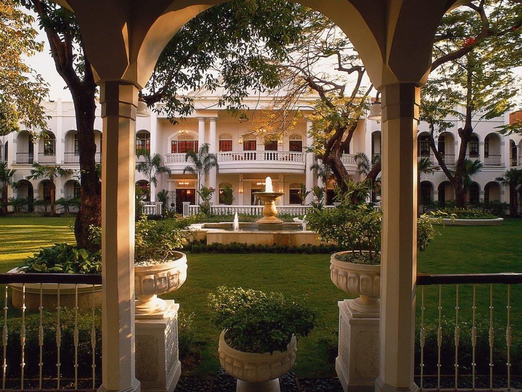 Surabaya, Majapahit hotel | Rama Tours