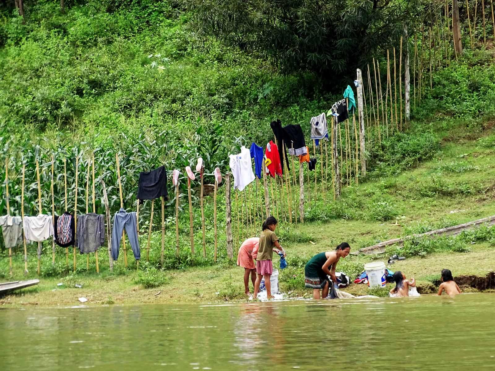 rondreis laos boottocht mekong rivier hoogtepunt 6