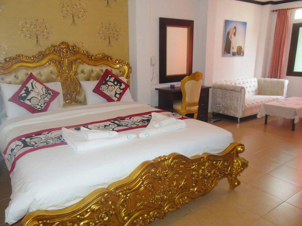 Vientiane, Usouk hotel | Rama Tours