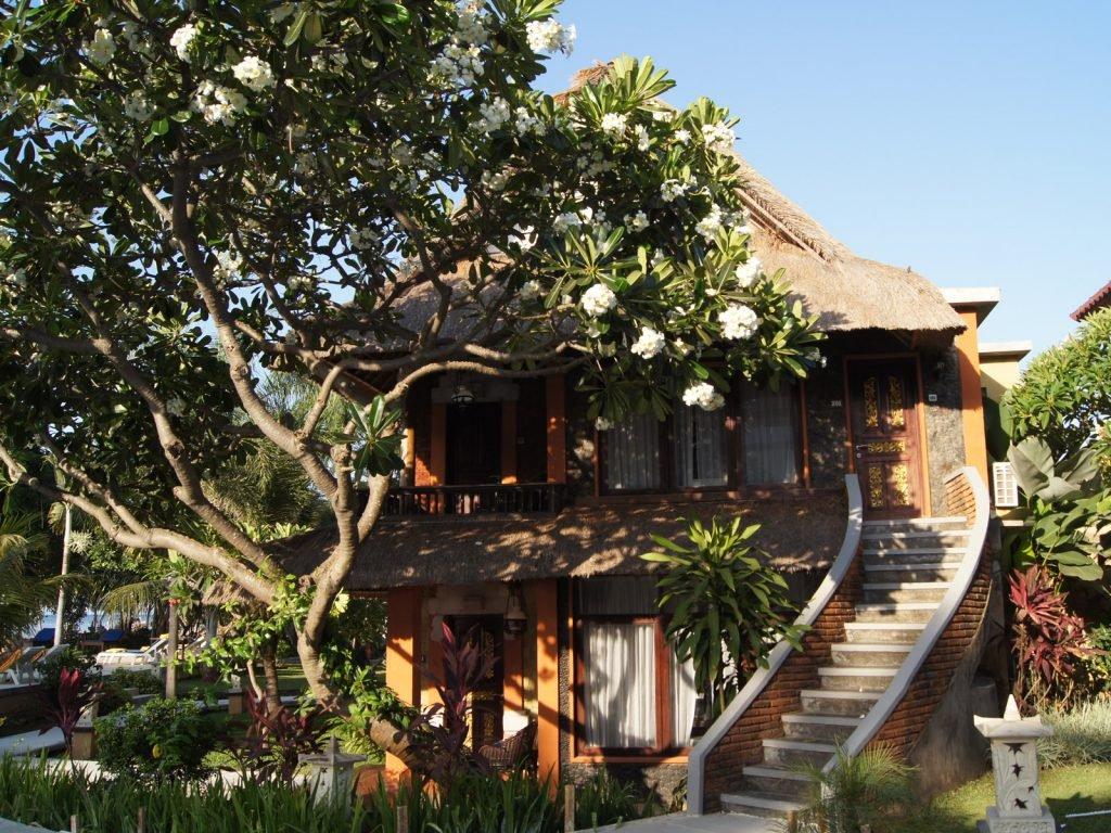 Senggigi, Puri Saron hotel | Rama Tours
