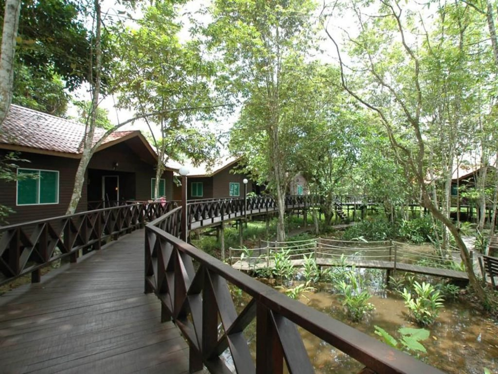 Sukau, Kinabatangan Riverside lodge | Rama Tours