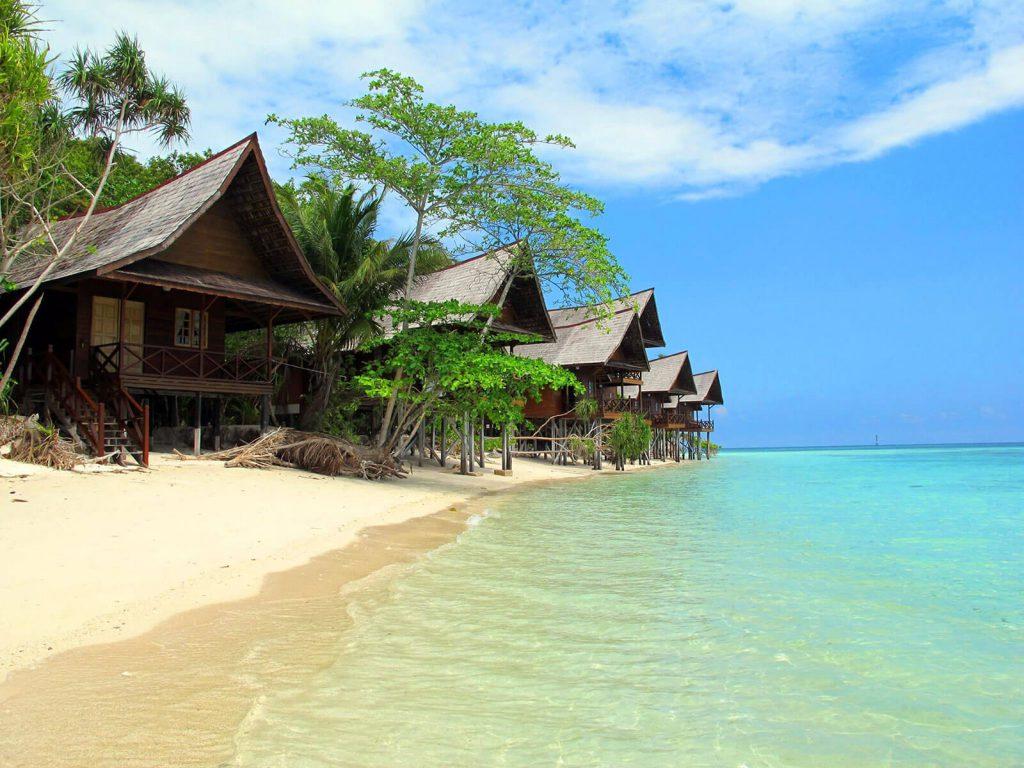Lankayan, Lankayan Island Dive resort | Rama Tours