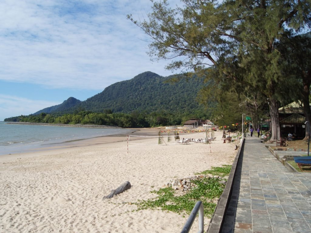 Damai Beach | Rama Tours