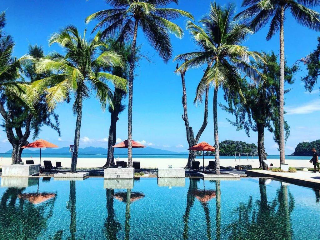 Langkawi, Tanjung Rhu resort | Rama Tours