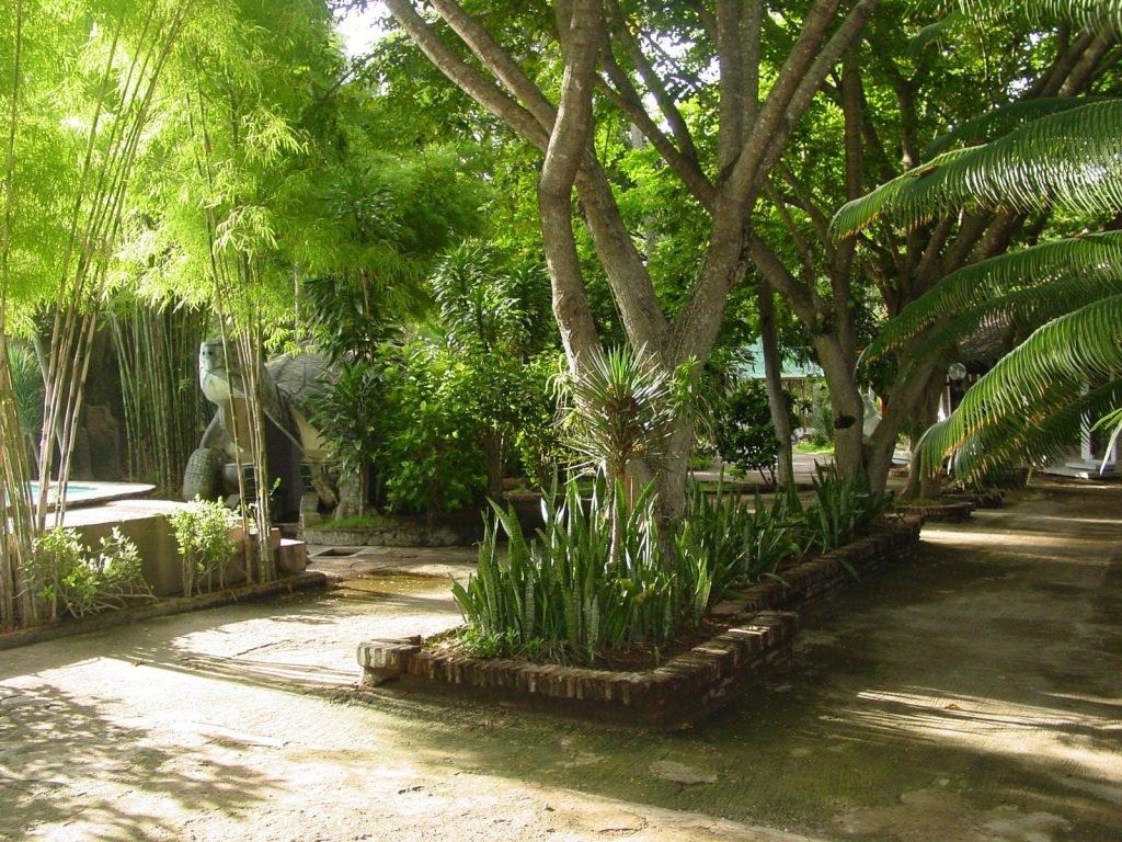 Sumbawa, Sumbawa Besar, Kencana Beach Inn hotel | Rama Tours