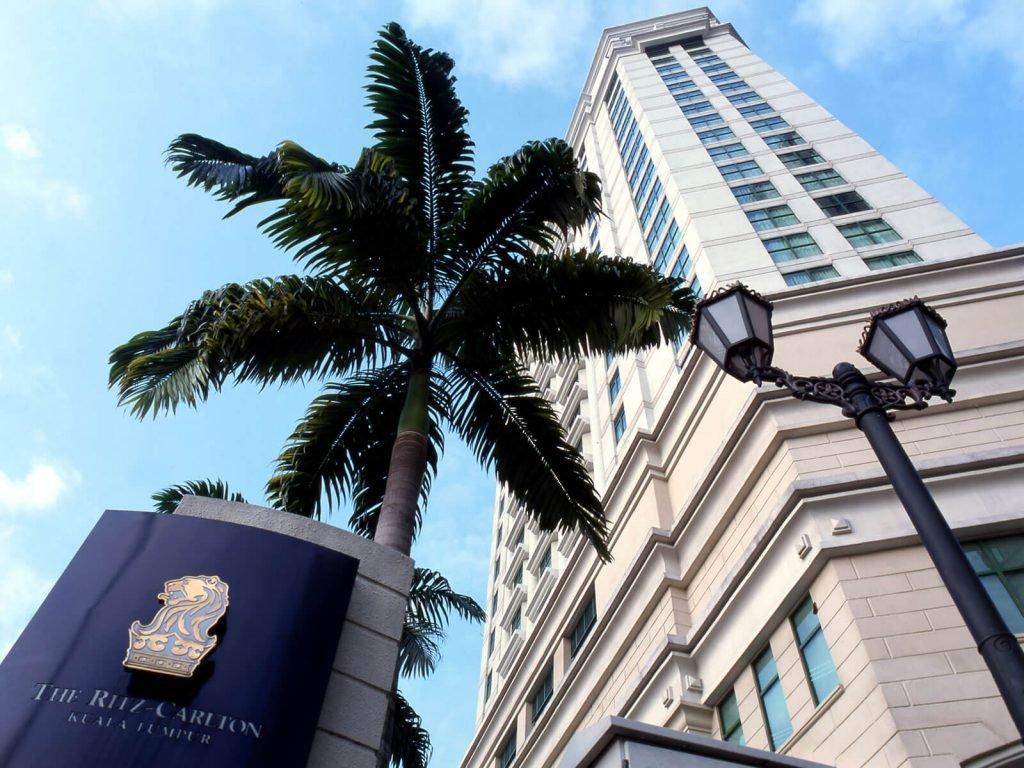 Kuala Lumpur, Ritz Carlton hotel   Rama Tours