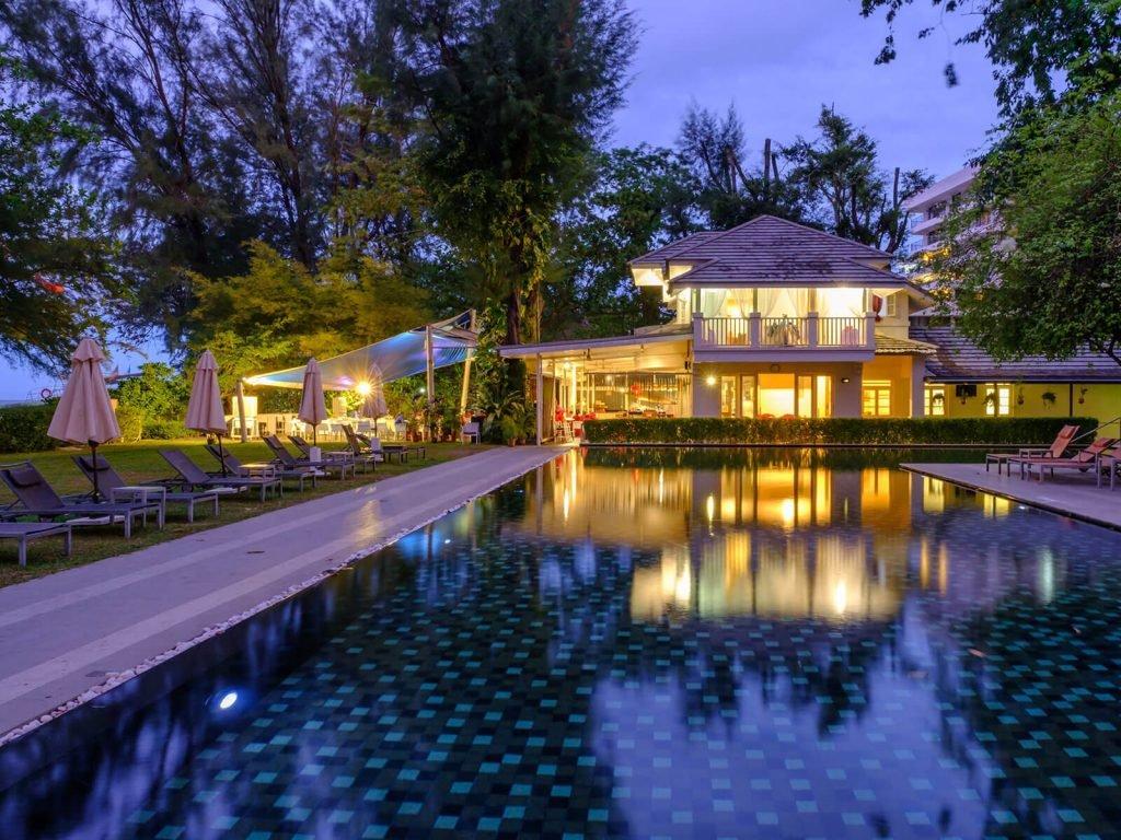 Penang, Lone Pine hotel | Rama Tours