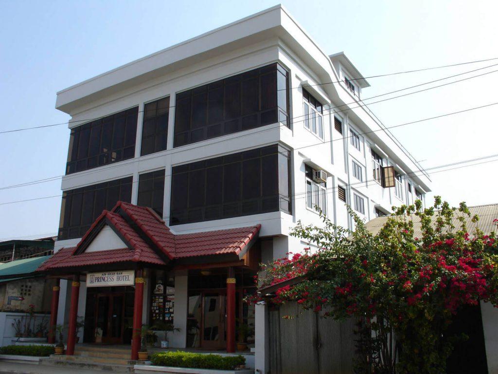 Kengtung, Princess hotel | Rama Tours
