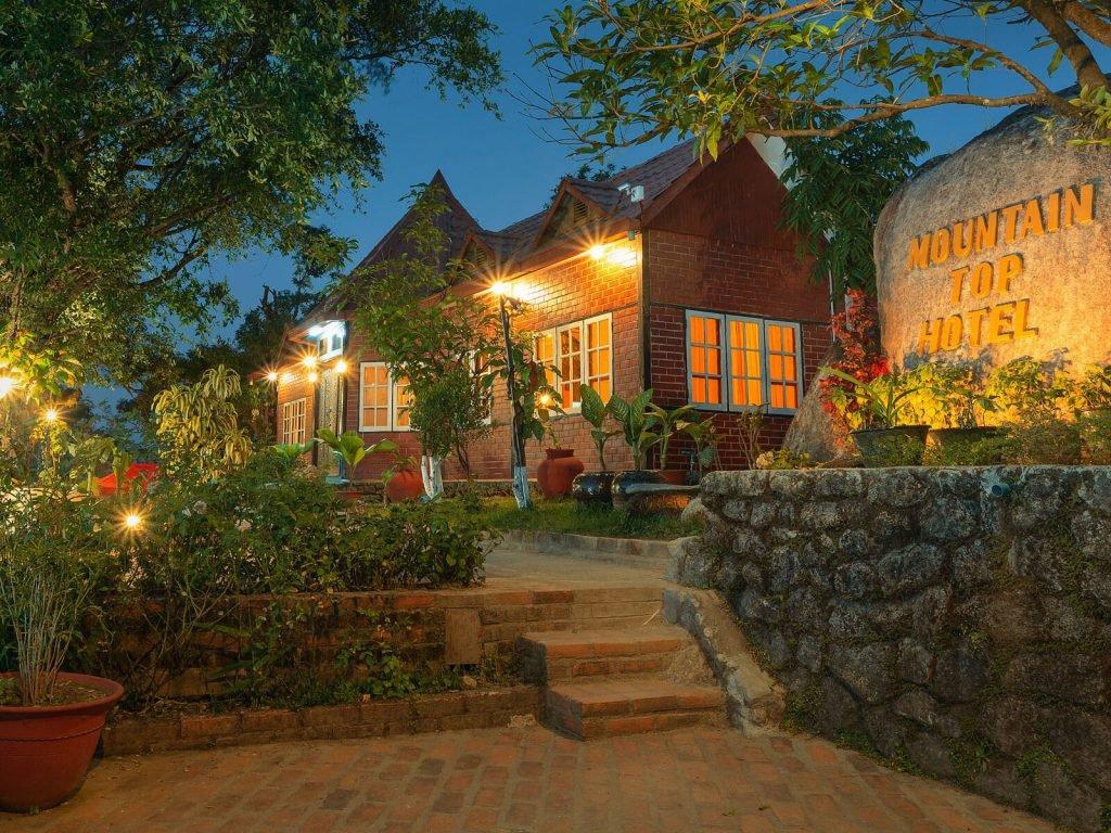 Kyaiktiyo, Mountain Top hotel | Rama Tours