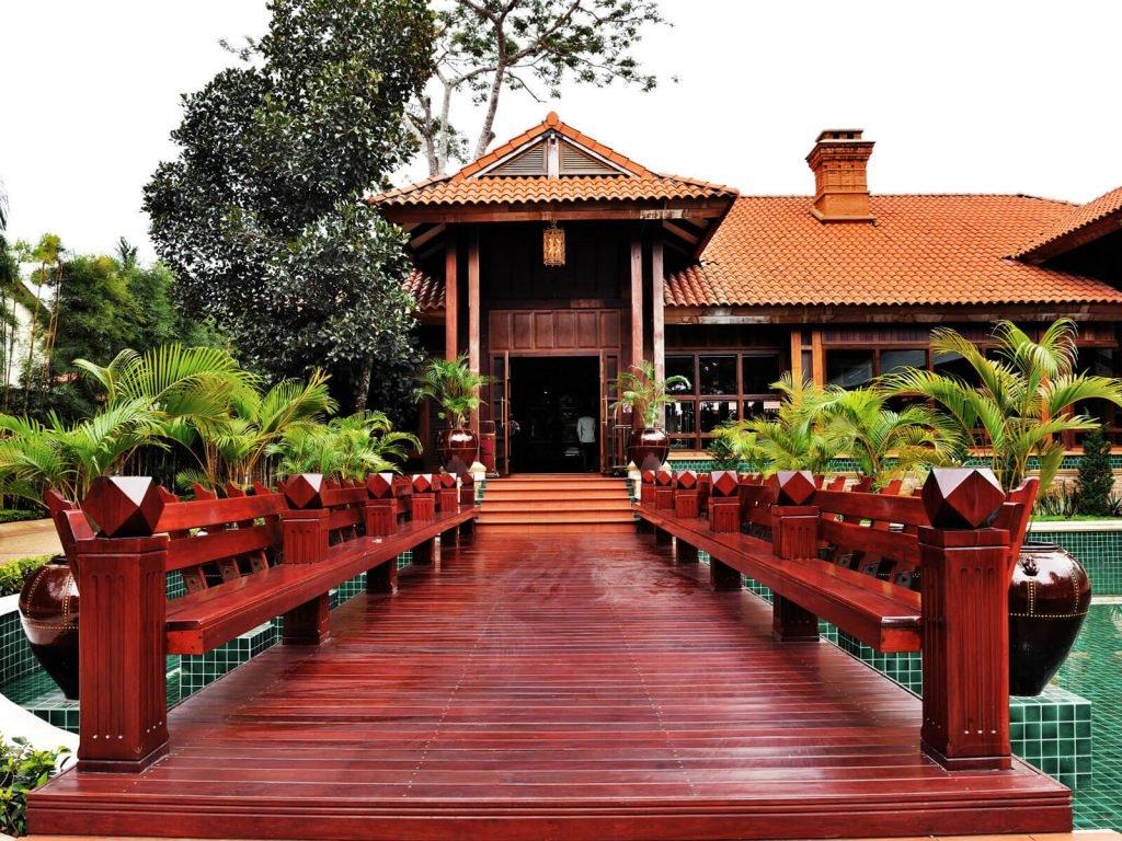 Pyin Oo Lwin, Kandawgyi Hill hotel | Rama Tours