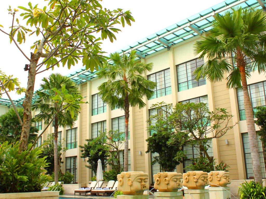Medan, Aryaduta hotel | Rama Tours