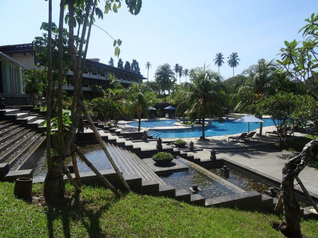 Manado, Grand Luley hotel | Rama Tours