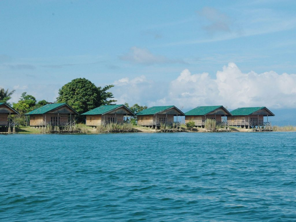 Tentena (Posomeer), Tando Bone resort | Rama Tours