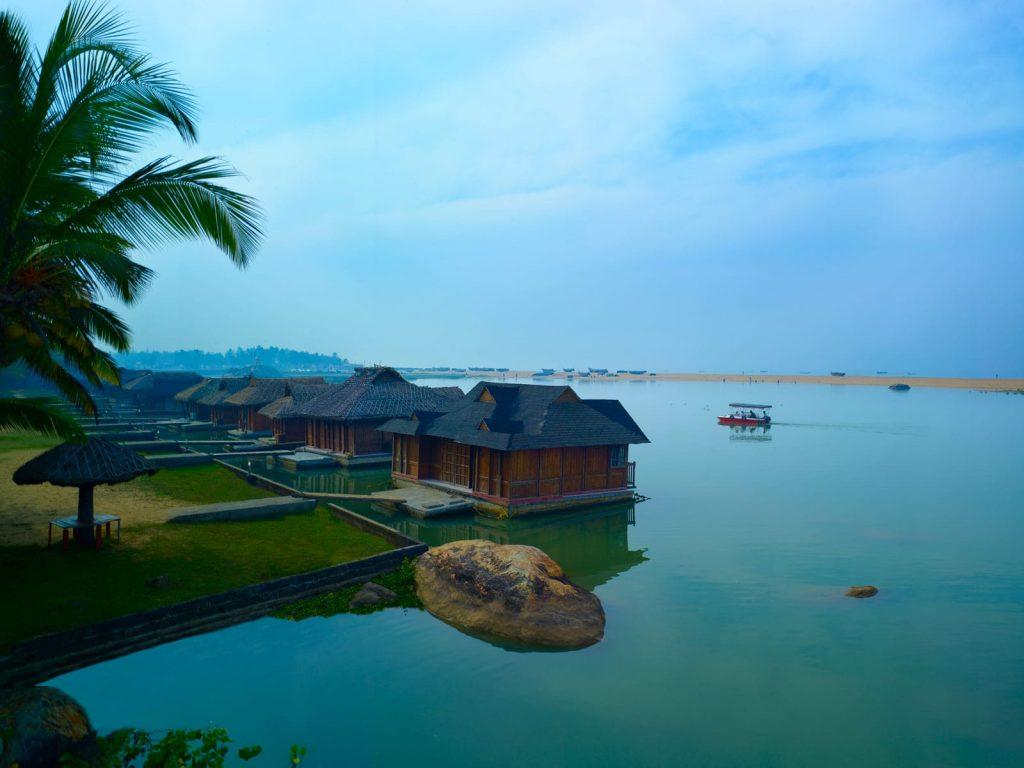 Kovalam (Poovar), Poovar Island Resort | Rama Tours