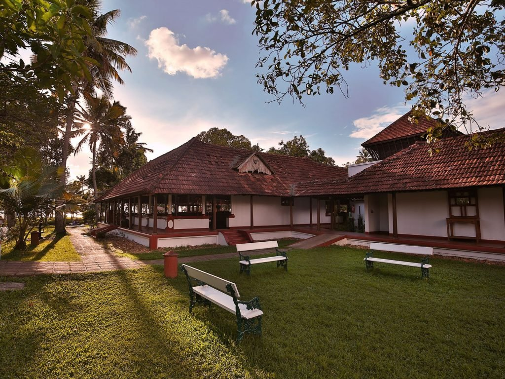 Kumarakom, Coconut Lagoon resort | Rama Tours