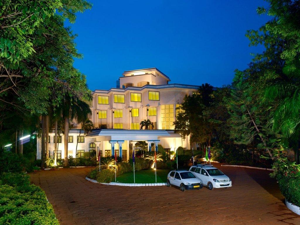 Thanjavur (Tanjore), Sangam hotel | Rama Tours