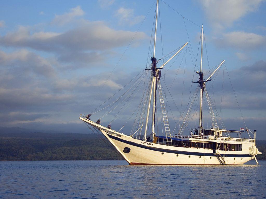 Rondreis Kleine Sunda eilanden exclusieve zeiltocht
