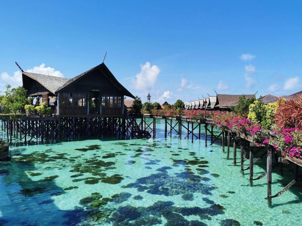 Kapalai, Sipadan Kapalai Dive Resort | Rama Tours