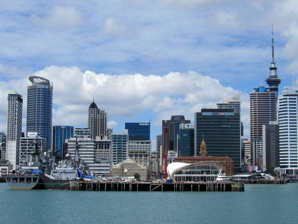 Auckland | Rama Tours