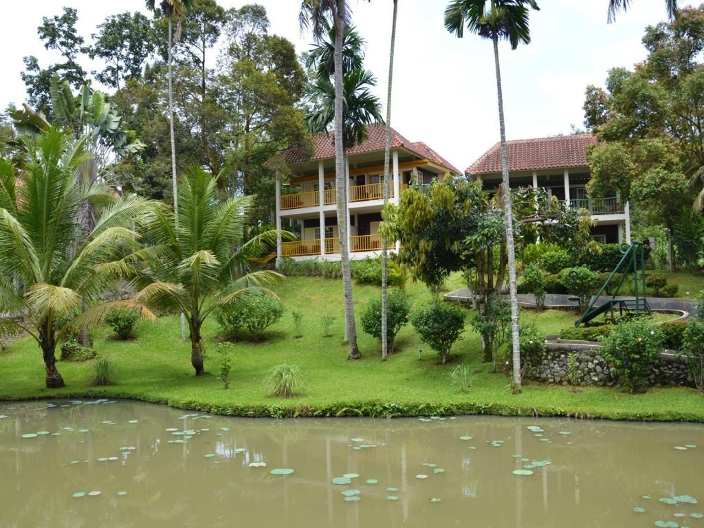 Medan, Deli River hotel | Rama Tours