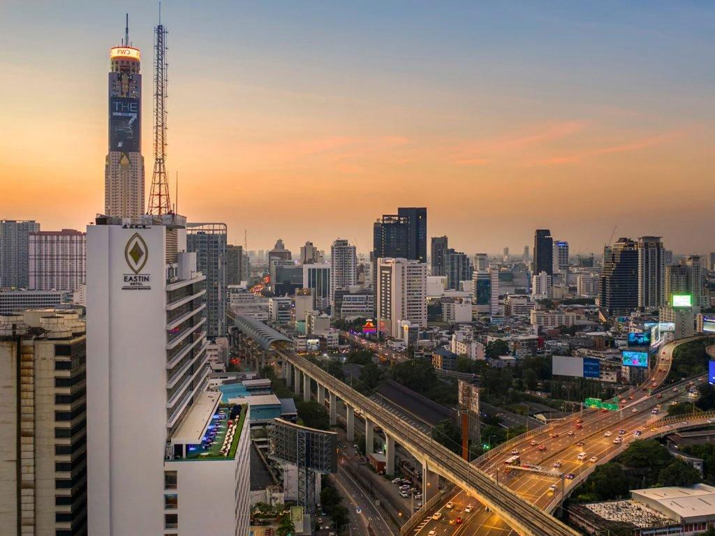 Bangkok, Eastin Makkasan Hotel | Rama Tours