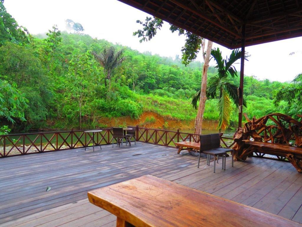 Loksado, Mount Meratus resort   Rama Tours