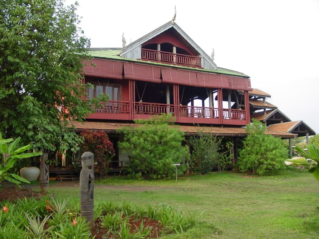 Banlung, Terres Rouges Lodge | Rama Tours
