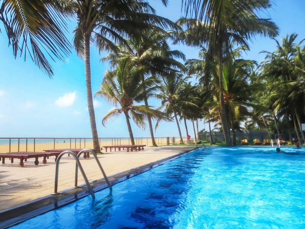 Negombo, Camelot Beach hotel | Rama Tours