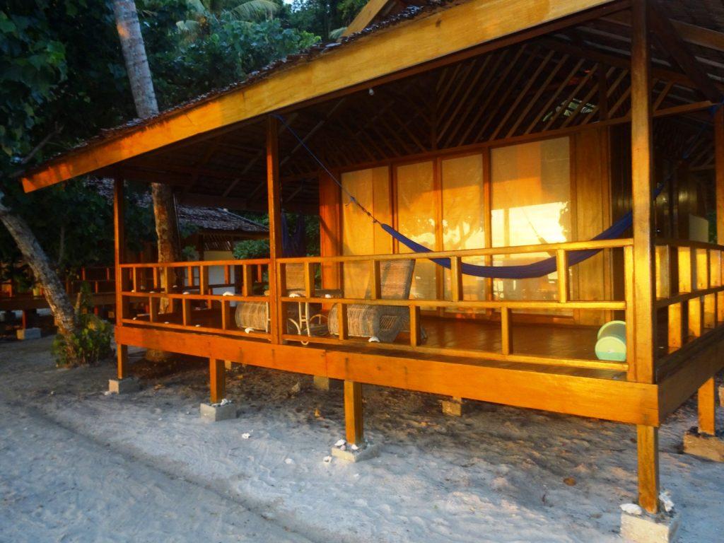 Togian eilanden, Harmony Bay resort