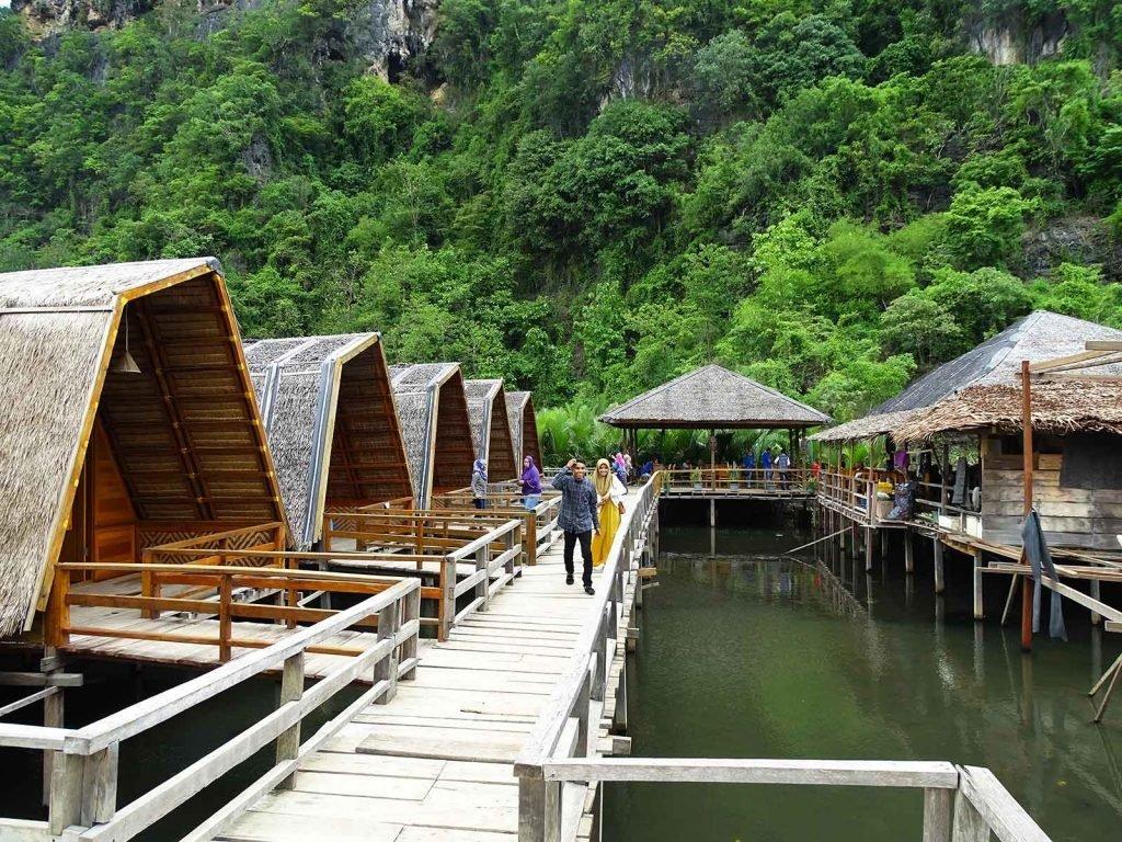 Rammang Rammang Ecolodge | Rama Tours