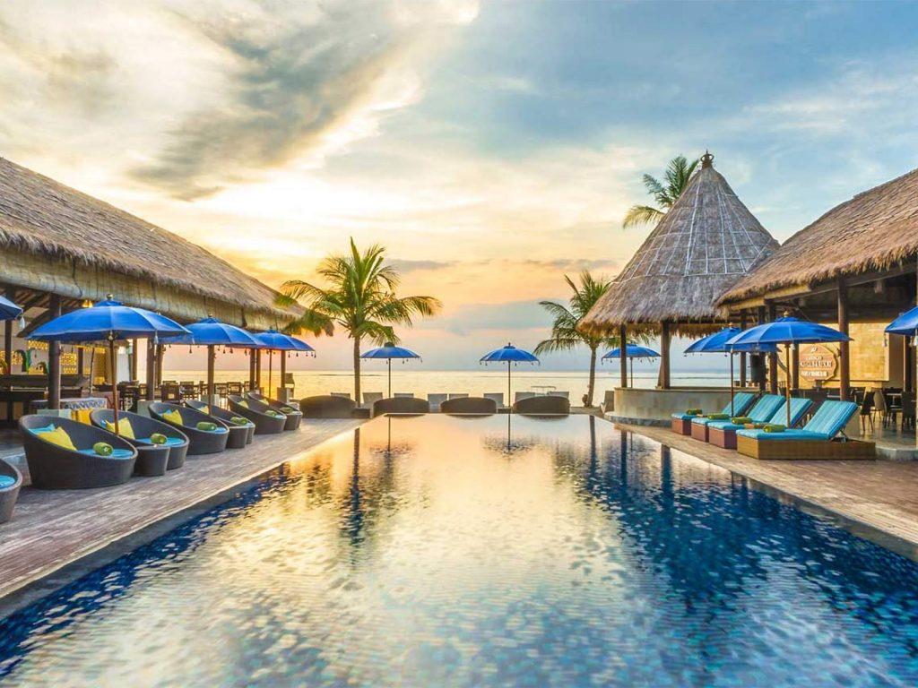 Nusa Lembongan, Lembongan Beach Club & Resort   Rama Tours