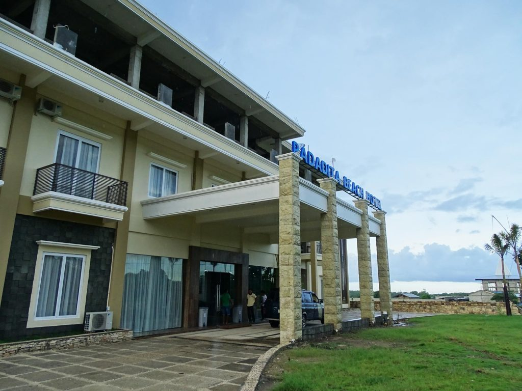 Sumba, Waingapu, Padadita beach hotel | Rama Tours