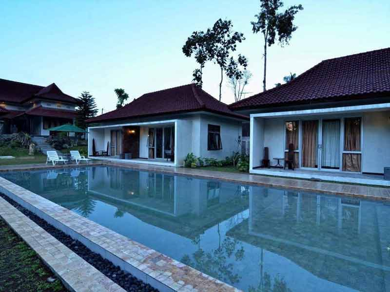 Kalibaru, Villa Kendi | Rama Tours