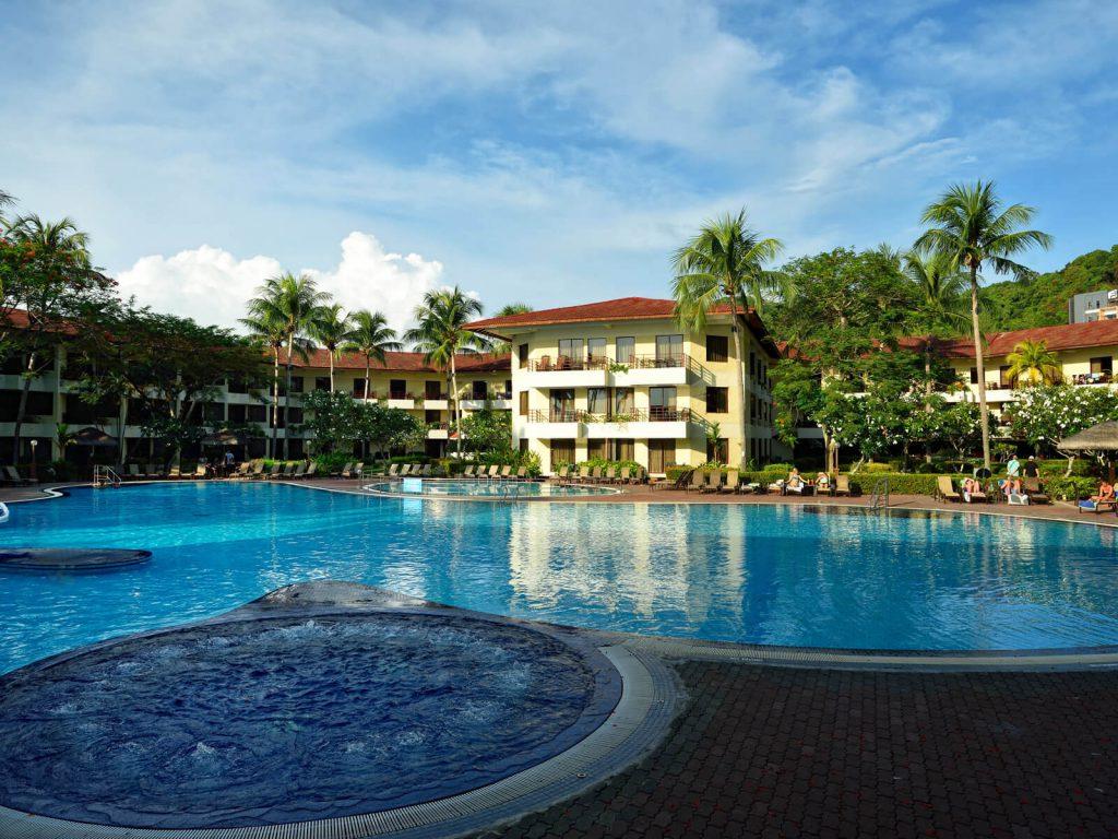 Langkawi, Holiday Villa Beach resort | Rama Tours