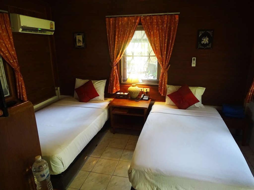 Phuket, Golden Sand Inn | Rama Tours