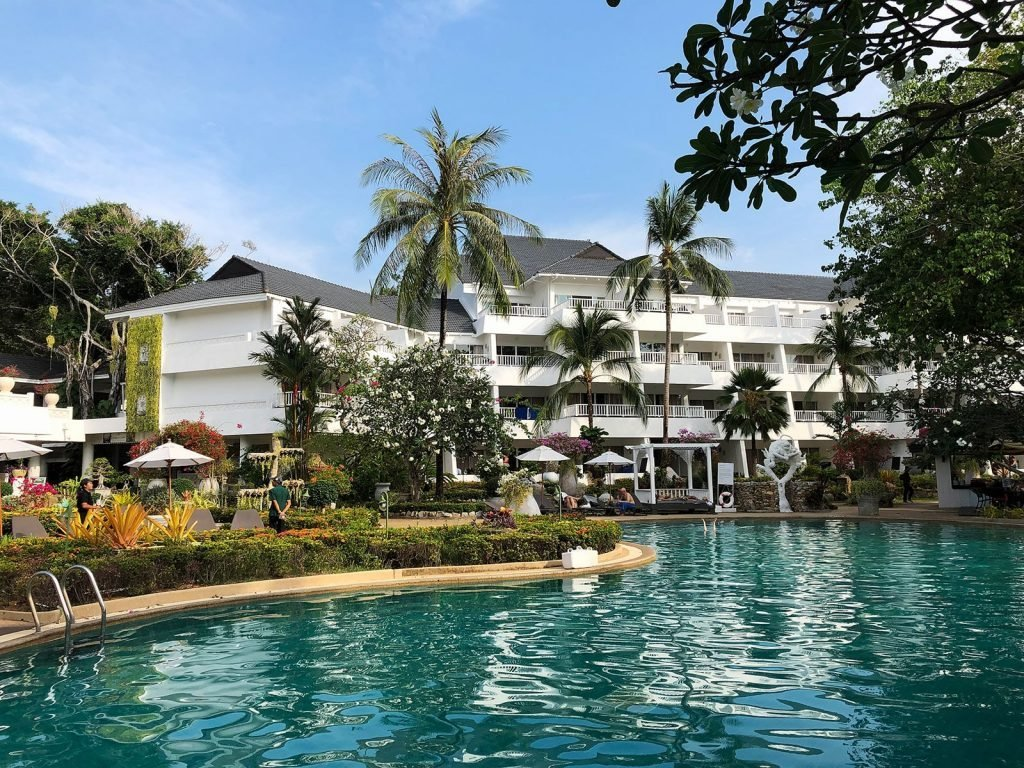 Phuket, Thavorn Palm Beach resort | Rama Tours