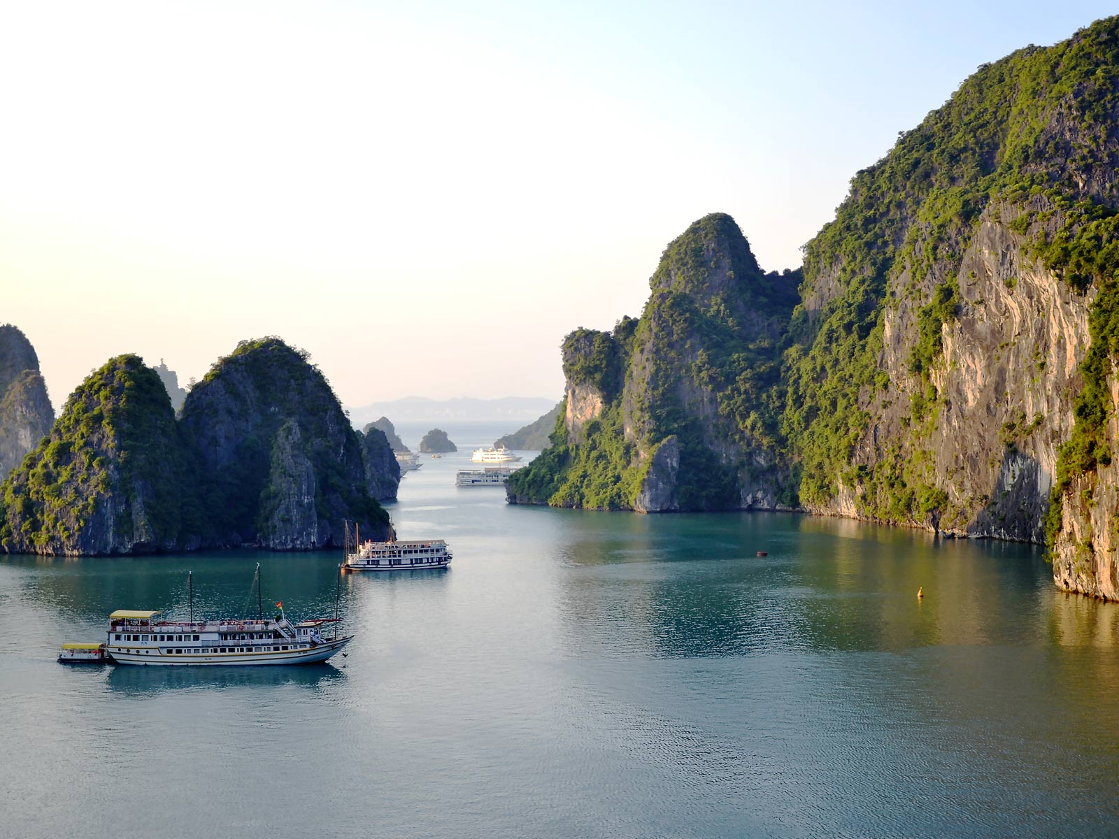 rondreis vietnam halong bay bai tho cruise 7