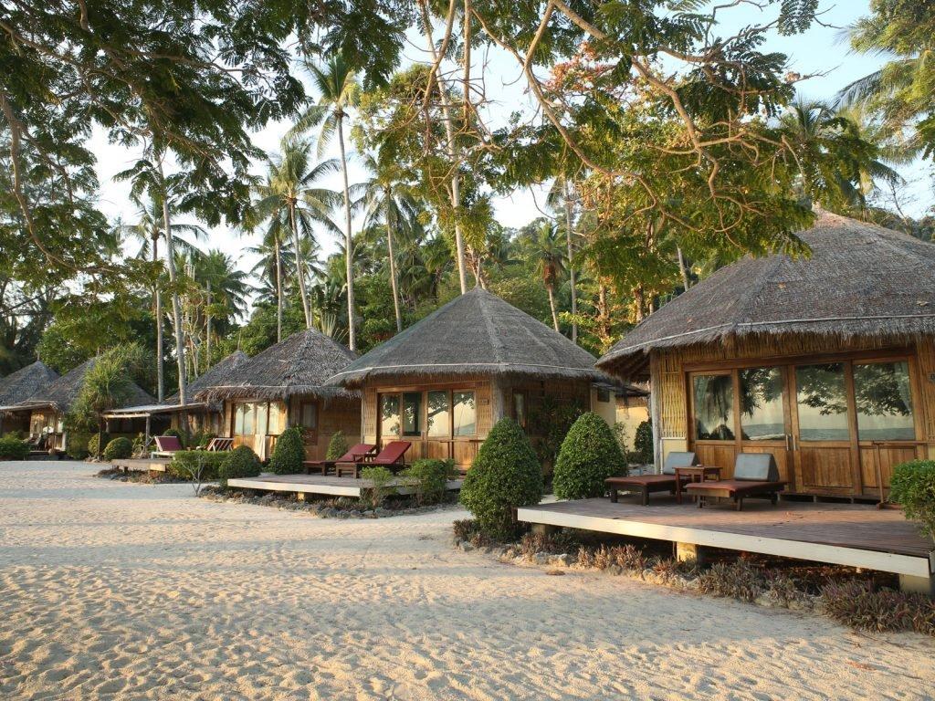 Koh Ngai, Thapwarin Resort | Rama Tours