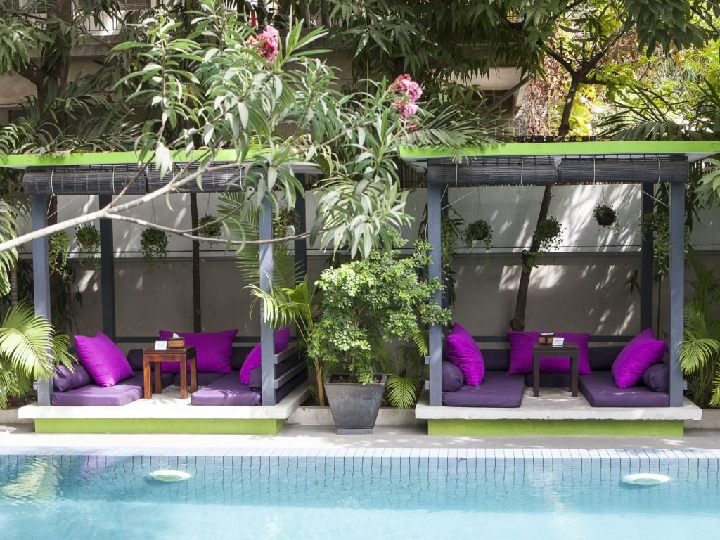 Phnom Penh, The 252 hotel | Rama Tours