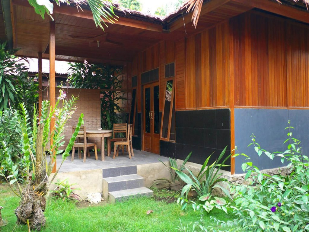 Halmahera (Tobelo), Kupa Kupa Beach Cottages | Rama Tours