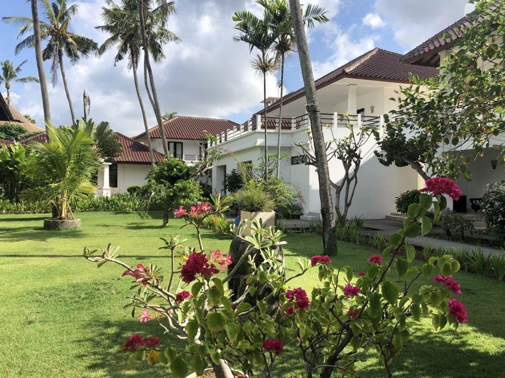 Canggu, Legong Keraton Beach hotel | Rama Tours